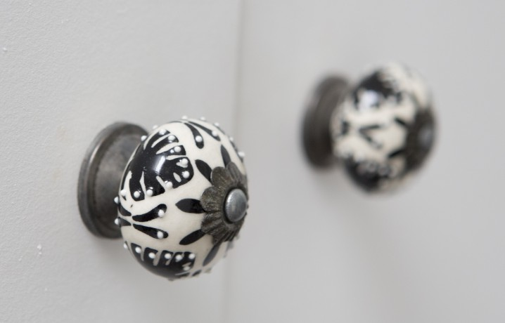 botanical printed black and white door knob